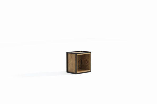 box z kubikiem