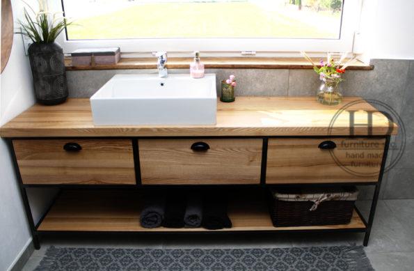 szafka drewniana pod umywalkę